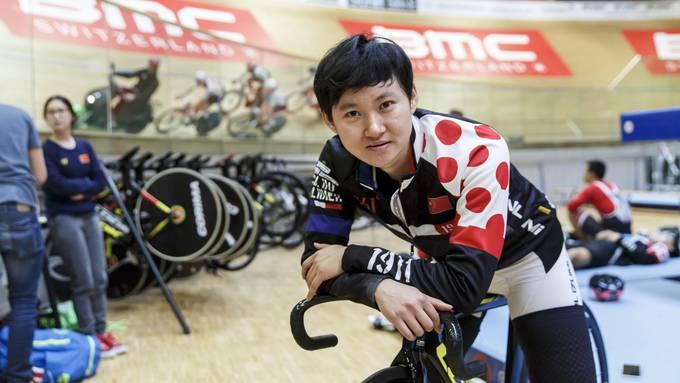 Das Chinesische Nationalteam im Bahnfahren trainiert im Velodrome in Grenchen