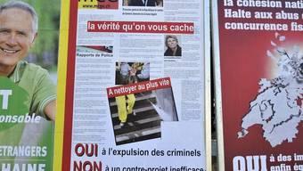 Die Plakate der MGC (Archiv)