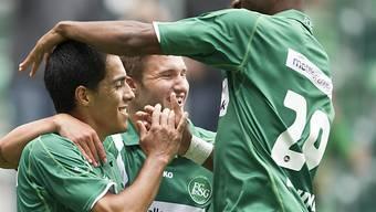 Franck Etoundi (rechts) schoss erneut das 1:0.