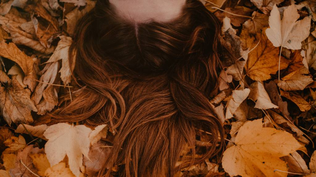 Mit diesen Frisuren bist du voll im Herbstflow