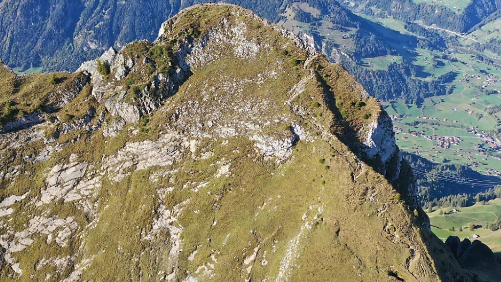 Bergwanderer stürzt beim Abstieg vom Gehrihorn BE in den Tod