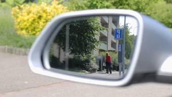 Unter Observation wird das gezielte Beobachten von Personen ohne deren Wissen verstanden.