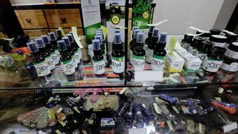 Medizinische Hanf-Produkte, hier in Canton im amerikanischen Bundesstaat Illinois, sollen bald auch in der Schweiz zu bekommen sein.