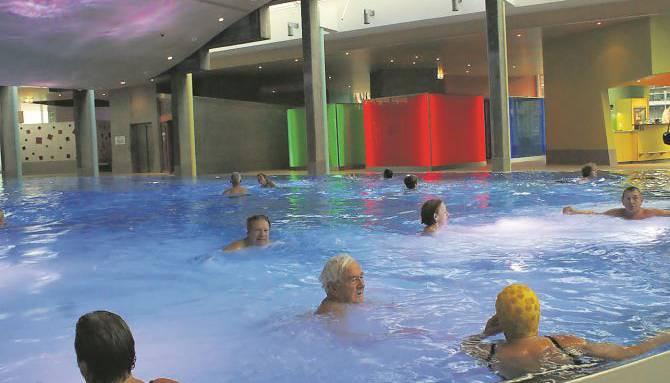 Kälte und Regen tragen nicht wirklich dazu bei, dass man sich mal über die Feiertage entspannen kann. Darum: Warum verbringen Sie nicht mal ein paar Stunden in der Wärme? Das Thermalbad Sole Uno in Rheinfelden eignet sich dafür ausgezeichnet.