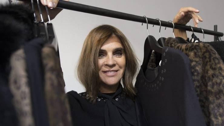 """Ist künftig für das Kreative im Hause Karl Lagerfeld mitverantwortlich: Die ehemalige Herausgeberin der französischen """"Vogue"""", Carine Roitfeld. (Archivbild)"""