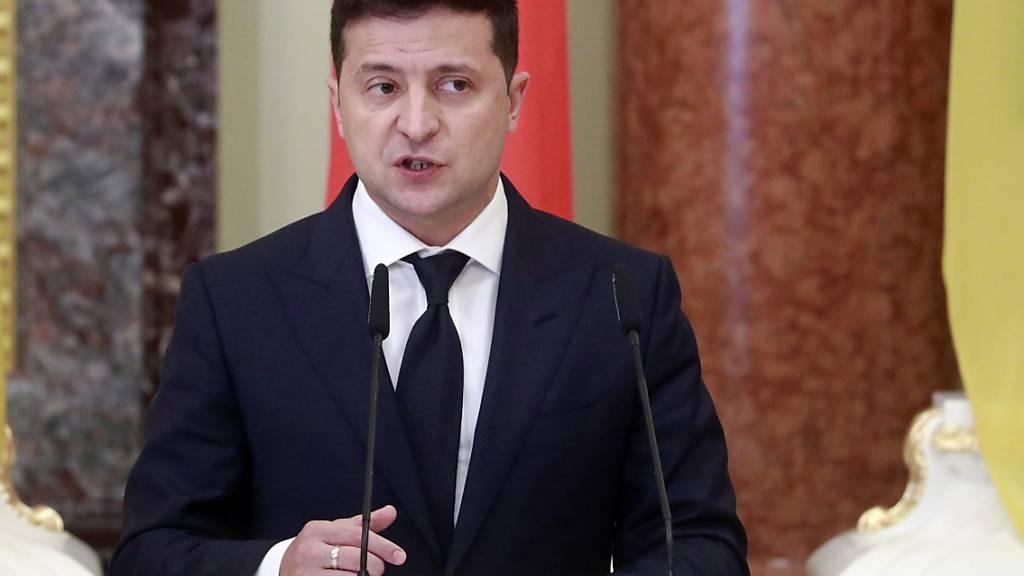 Ukrainischer Präsident Selenskyj entlässt Verfassungsrichter