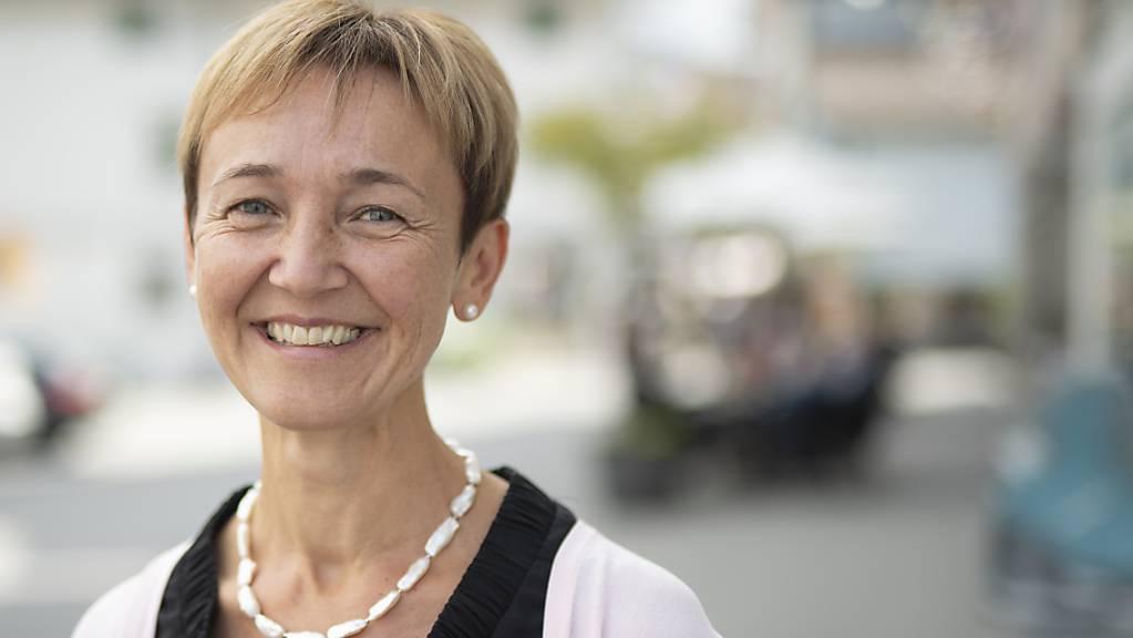 Monika Rüegg Bless, das neueste Mitglied der Innerrhoder Standeskommission, führt in einem der «Erkärvideos» die Haltung der Regierung zum Planungsstopp beim Ambulanten Versorgungszentrum aus. (Archivbild)