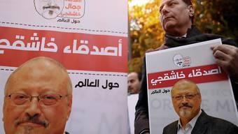 Eine Demonstration nach dem Tod des saudischen Journalisten Jamal Khashoggi. Die Wirtschaftskommission des Nationalrates hat nun beschlossen, die Beratungen zu einem Abkommen mit dem Land auszusetzen. (Archiv)