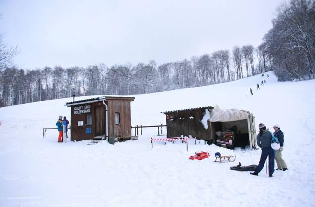 Streckenlänge: 300m, ca. 365 M. ü. M., Infos unter der Telefonnummer 041 917 44 59 oder auf www.skilift-engi.ch.vu.