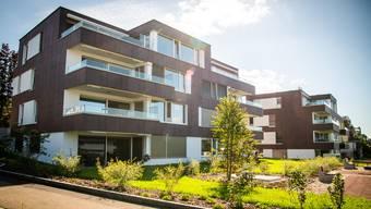 Diese CO2-neutrale Überbauung in Männedorf wurde mit dem Schweizer Energiepreis Watt d'Or ausgezeichnet.