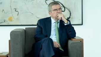 Thomas Bach empfängt CH Media in seinem Büro am Hauptsitz des IOC in Lausanne zum Interview