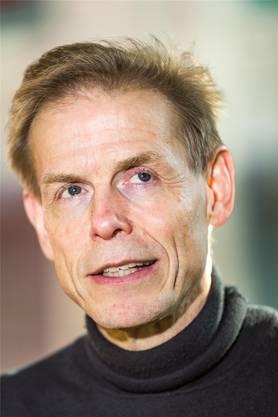Der Schweizer Peter A. Gloor ist Netzwerkforscher und leitet am Massachusetts Institute of Technology (MIT) in Boston das Forschungsprojekt «Kollaborative Innovationsnetze».