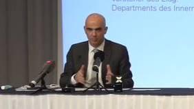 Alain Berset an einer Pressekonferenz in Fachhochschule Muttenz.