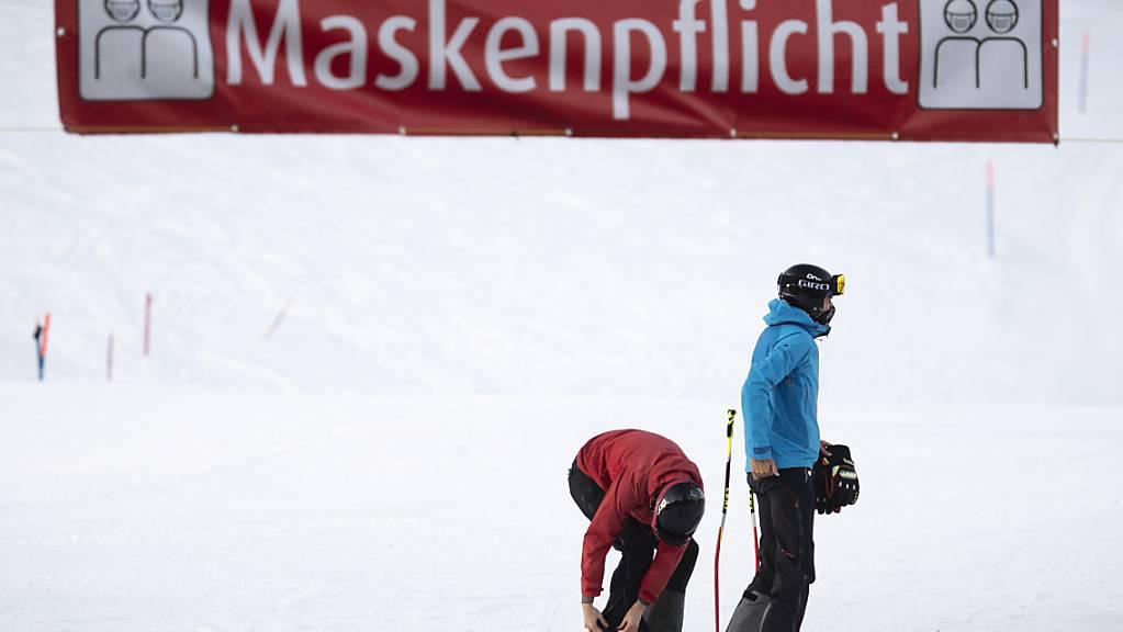 Schweizer Skigebiete mussten sich diesen Winter an die Corona-Massnahmen anpassen. (Symbolbild)