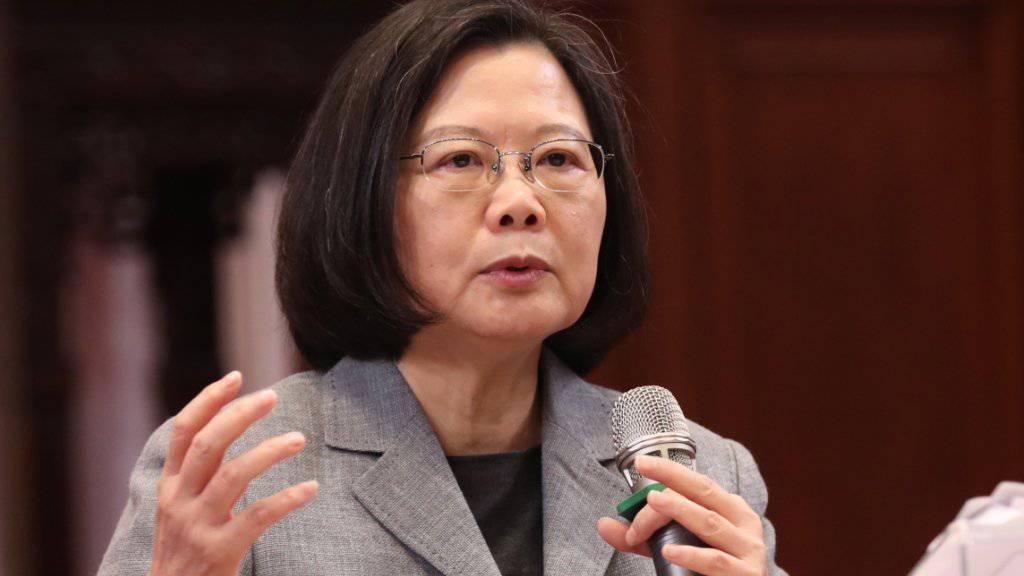 Taiwans Präsidentin Tsai Ing-Wen bittet im Konflikt mit China um internationale Unterstützung.