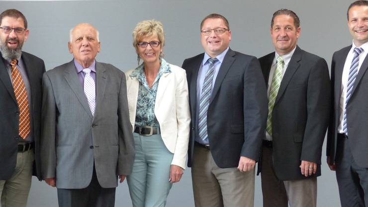 Der neue Vorstand v.l.n.r.: Adrian Gratwohl (Präsident), Hansjörg Hofer (Aktuar), Claire Hunkeler (Kassierin), Daniel Pietsch (Beisitzer), Mario Gratwohl (Beisitzer), Hugo Kreyenbühl (Vizepräsident).
