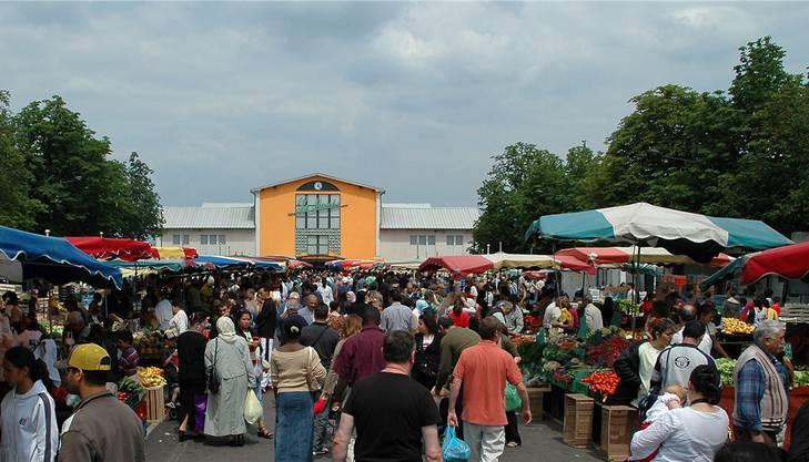 Der Markt in Mulhouse findet dreimal pro Woche statt.