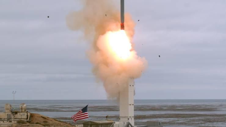 Das US-Militär hat am Sonntag zum ersten Mal seit dem Ende des INF-Abrüstungsvertrags einen konventionellen landgestützten Marschflugkörper getestet.  Der Test wäre laut INF-Vertrag verboten gewesen. (Foto: Scott Howe/U.S. Defense Department via AP Keystone)