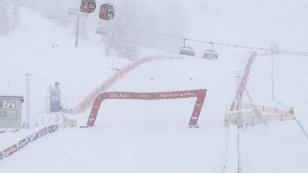Die schlechten Wetterverhältnisse sorgen beim Frauen-Weltcup in Zauchensee für Verspätungen