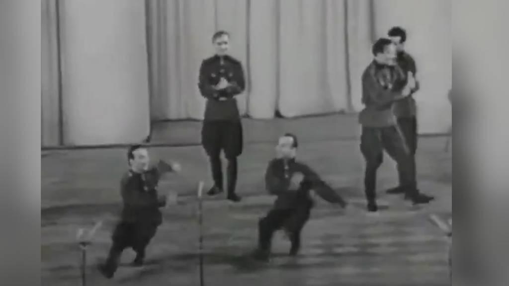 Virales Feel-Good-Video: Diese tanzenden Soldaten bringen auch Sie zum Lachen!