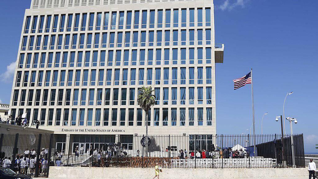 Nach merkwürdigen Attacken auf Mitarbeiter: Die USA erwägen die Schliessung ihrer Botschaft in Kuba, die nach jahrzehntelanger diplomatischer Eiszeit erst 2015 wieder eröffnet wurde. (Archivbild)