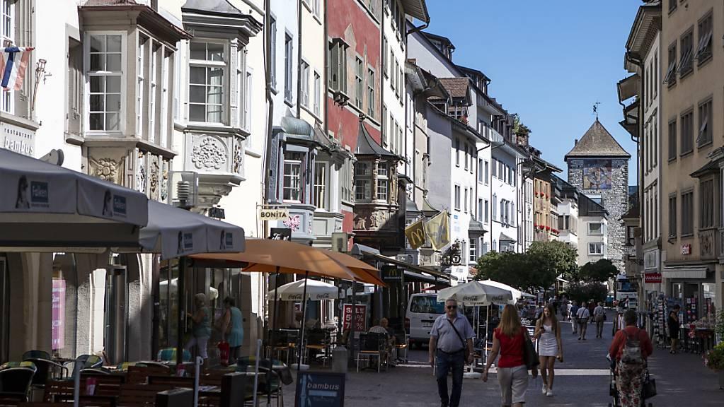 Die Stadt Schaffhausen steht trotz Corona-Pandemie finanziell stabil da. Der Steuerfuss soll auch im kommenden Jahr bei 93 Prozent bleiben. Entscheiden wird aber der Grosse Stadtrat. (Archivbild)