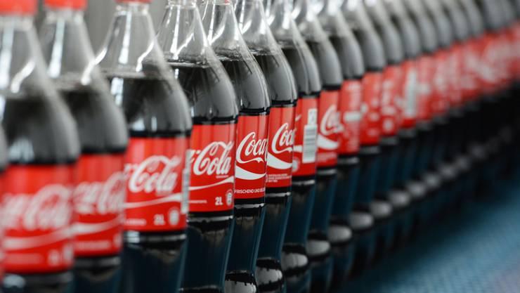 Coca-Cola lässt seine Flaschen schrumpfen. (Archiv)