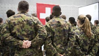 Kopie von Armee: Die Ausrüstung eines Schweizer Rekruten