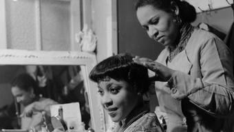 Legendäre Tänzerin: Im Küchlin-Variété hat Josephine Baker Gastauftritte. Hier in ihrer Garderobe am 7. Februar 1936.