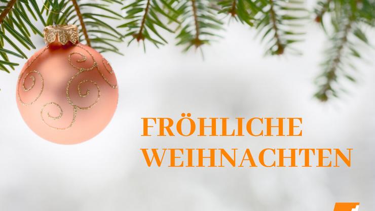 Weihnachtsgrüsse mit orangener Weihnachtskugel