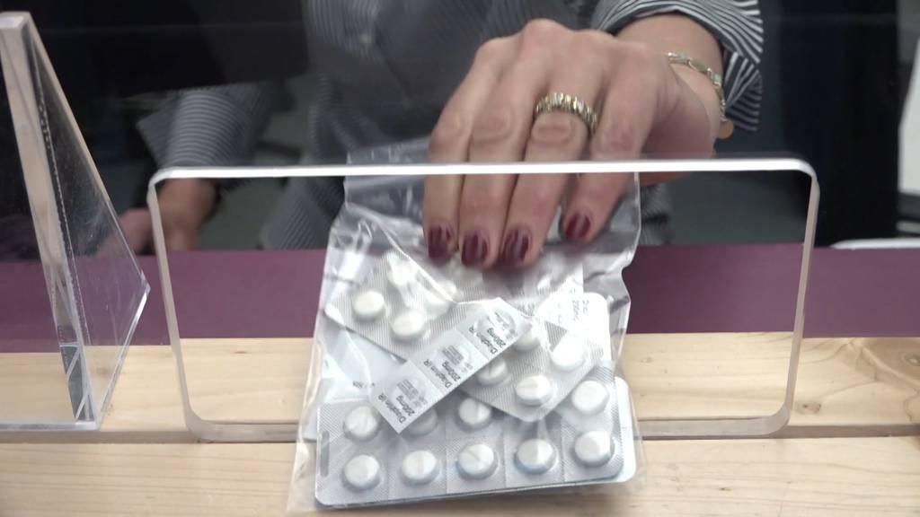 Bis zu sieben Tagesdosen auf einmal: Längerfristige Heroinabgabe wegen Coronapandemie
