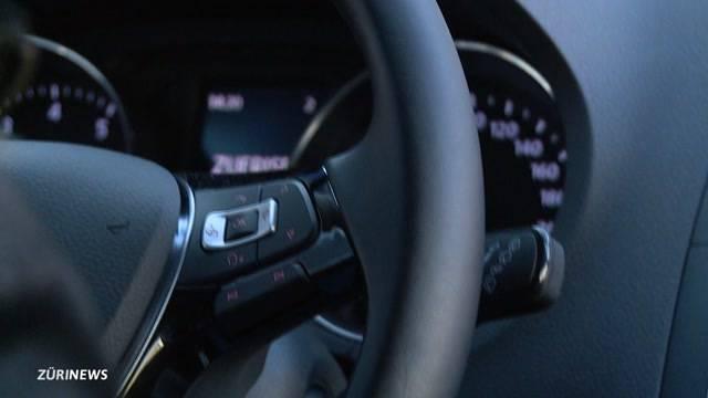 Uber-Fahrer ohne Taxi-Lizenz gebüsst
