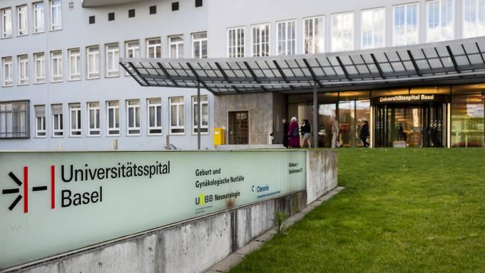 Der Dermatologie und der Pathologie des Universitätsspitals Basel ist es gelungen, in einer Hautprobe einer Patientin SARS-CoV-2-Viren nachzuweisen.