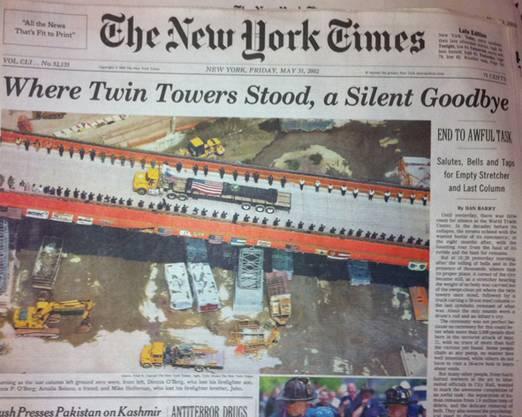 Stiller Abschied von den Twin Towers: New York Times vom 31. Mai 2002