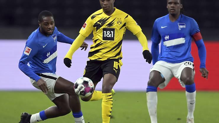 Nach dem Bundesliga-Rekord gleich das Champions-League-Debüt? Dortmunds Youssoufa Moukoko könnte zum jüngsten Spieler in der Geschichte der Königsklasse werden