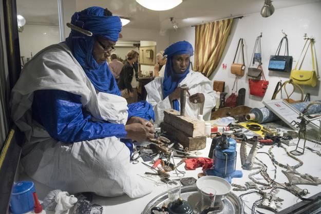 In der Badener Altstadt gibt es im Geschäft von Peter Fasnacht handgefertigten Tuareg-Schmuck zu kaufen.