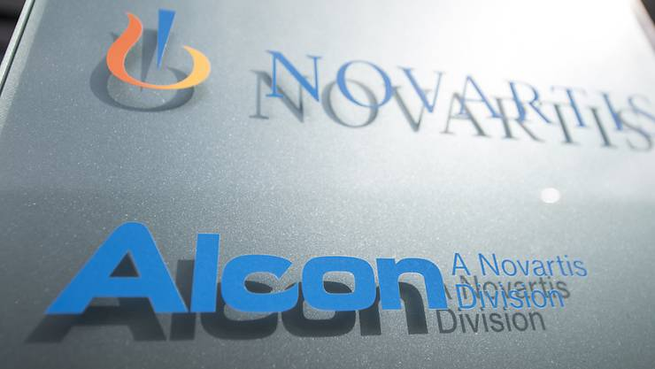 Alcon lockt seine künftigen Anleger mit Dividenden: Ab 2020 plant die heutige Novartis-Tochter regelmässige Barausschüttungen. (Archiv)