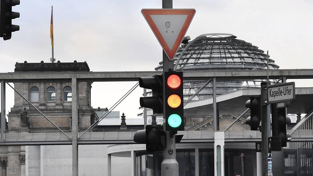 SPD, Grüne und FDP nehmen Kurs auf Ampel-Bündnis in Deutschland