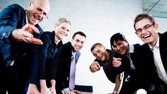 Spitzenverdiener hätten trotz 1:12 gut lachen: Laut den Gegnern der Juso-Initiative könnten Unternehmen die Lohnvorgabe mannigfaltig umgehen.iStock