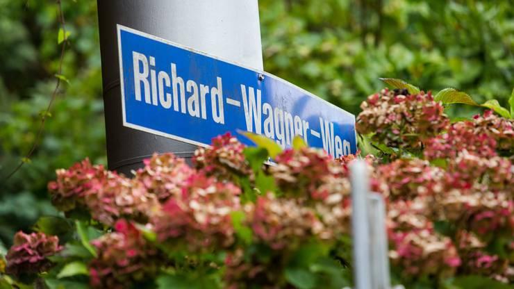 Das Strassenschild des Richard-Wagner-Wegs in Luzern
