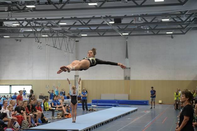 Kim Kober vom Getu Urdorf beim Sprung: Es war ein gelungener Wettkampf.
