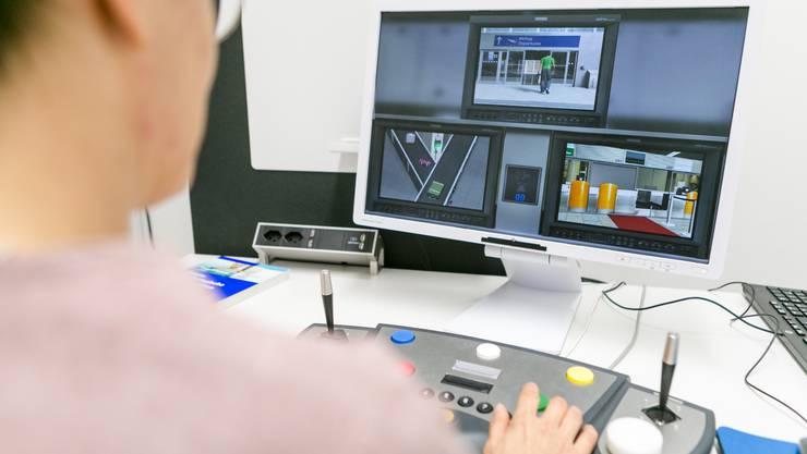 Mittels Computerprogramm lernt Erika De Candido, gleichzeitig mehrere Inputs zu verarbeiten.