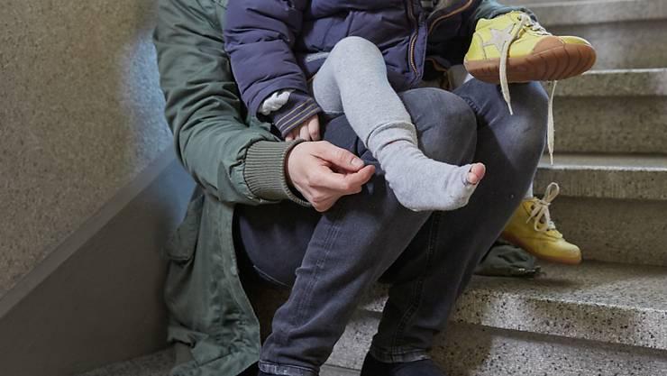 Die Richter erachten eine Rückkehr der Frau und ihrem Sohn auch deshalb als zumutbar, weil sich laut Behörden die Beziehung mit dem in Zürich lebenden und arbeitenden Kindsvater kontinuierlich verbessert habe. (Symbolbild).
