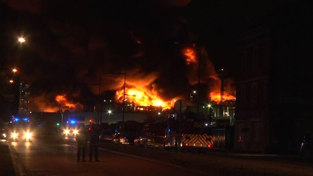Grossbrand in Chemiewerk in Nordfrankreich