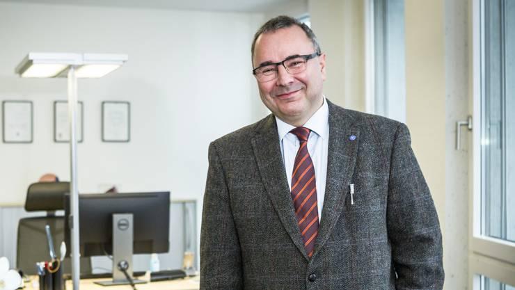 Dan Georgescu ist der Chefarzt des neuen Ambulatoriums im Rundturm im Dättwil: «Damit haben wir eine wichtige Lücke schliessen können.»