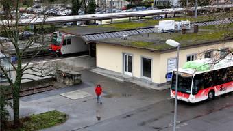 Wer mit Bus und Bahn fahren will, braucht für den Einzelreiseverkehr  noch ein Billett.