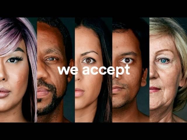 «We Accept» – «Wir akzeptieren»: Der Super-Bowl-Spot von Airbnb