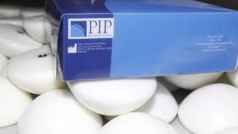 Schadhafte Brustimplantate der Firma PIP. Das Prüfungsunternehmen TÜV Rheinland wurden in einem Berufungsprozess freigesprochen (Archiv)