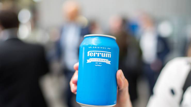 Die Jubiläumsdose von Ferrum. Der Familienbetrieb Ferrum feierte 2017 sein 100-Jahre-Jubiläum.