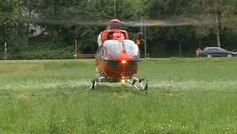 TCS-Helikopter wäre schneller vor Ort gewesen bei Unfall in Spreitenbach, als Knabe aus dem Auto fiel.